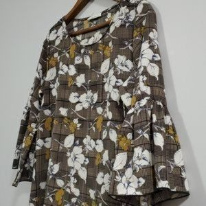 Les Amis Dress Bell Sleeve Floral